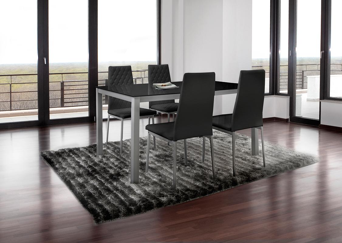 Mesas y sillas mobles izquierdo sabadell for Pack sillas comedor